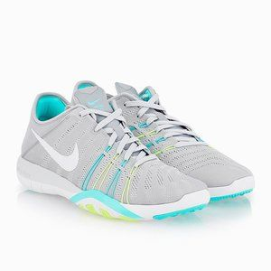 Nike Free TR 6 Training Running Athletic Shoes 9.5